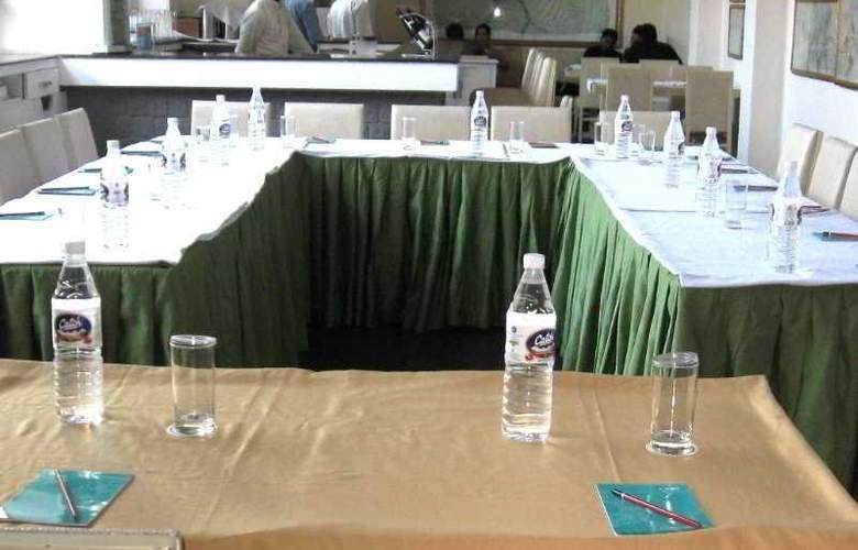 Corus - Conference - 6