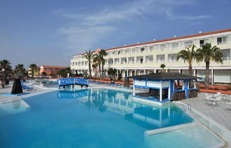 Globales Costa Tropical - Pool - 25