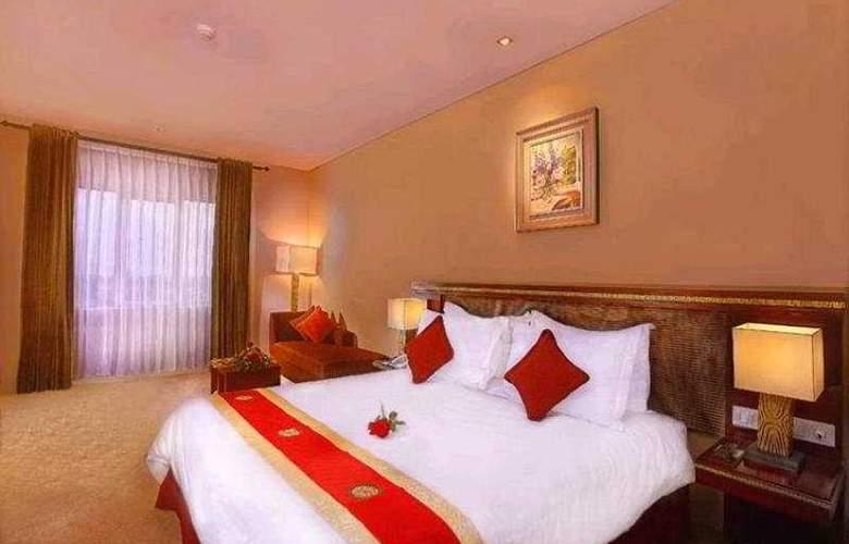Carrcadin Hotel Bandung - Room - 5