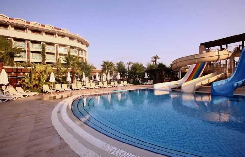 Evren Beach Resort - Pool - 21