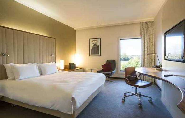 Hilton London Heathrow Airport Terminal 5 - Room - 8