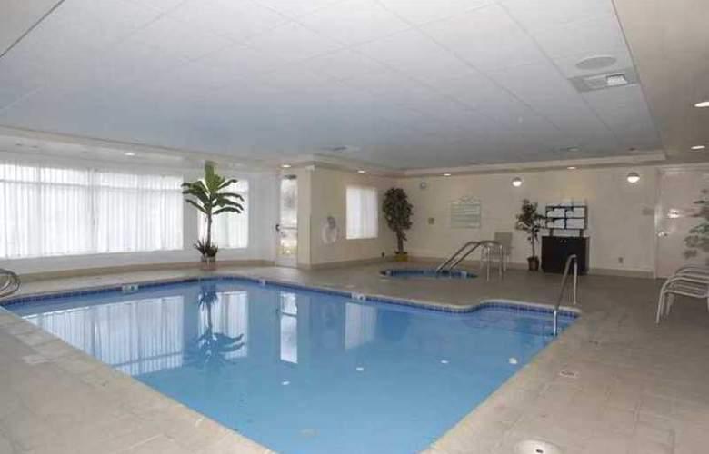Hilton Garden Inn Bakersfield - Hotel - 2