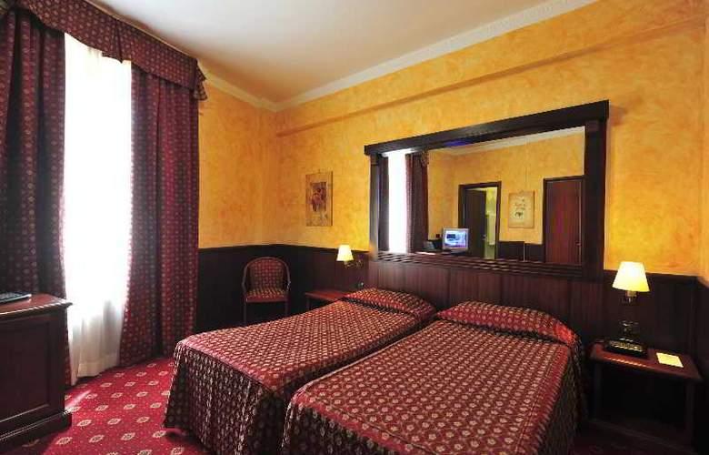 Regent - Room - 6
