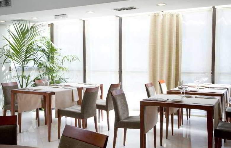 NH Lleida Pirineos - Restaurant - 3