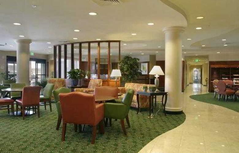 Courtyard Salisbury - Hotel - 11