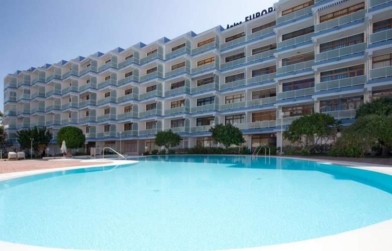 Apartamentos Europa - Pool - 3