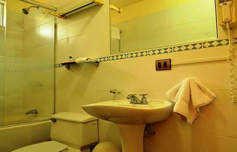 Basadre Suites - Room - 12