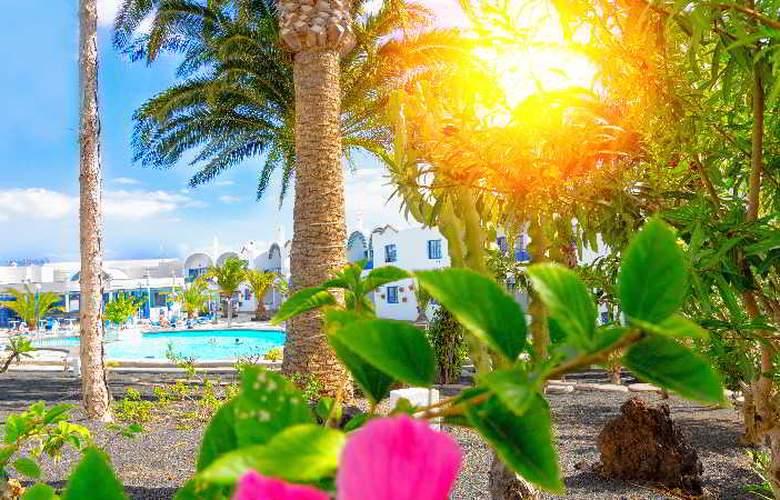 Puerto Carmen - Hotel - 10