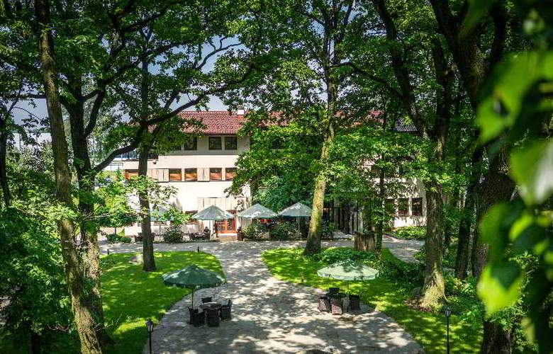Farmona Hotel Business & SPA Hotel - Terrace - 87