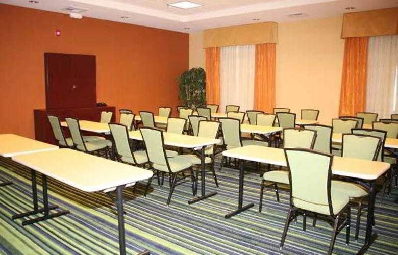 Fairfield Inn & Suites Tehachapi - Hotel - 28