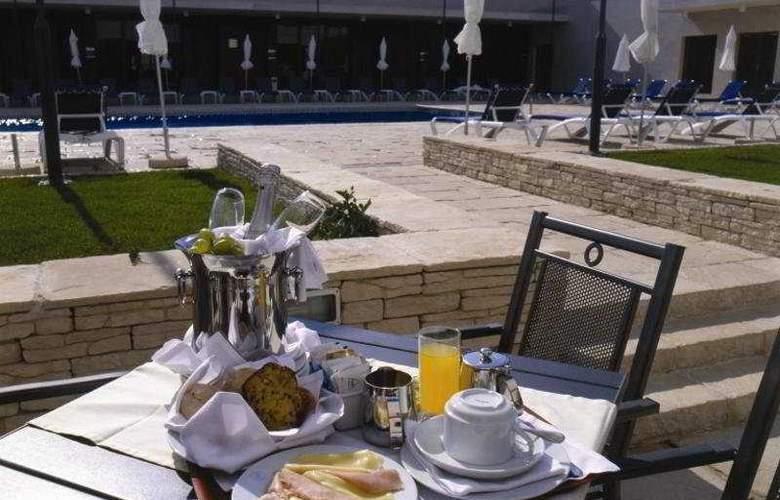 VIP Executive Santa Iria - Terrace - 7