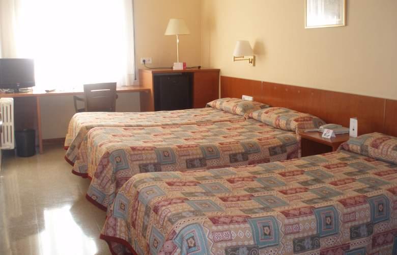 Bonanova Park - Room - 4