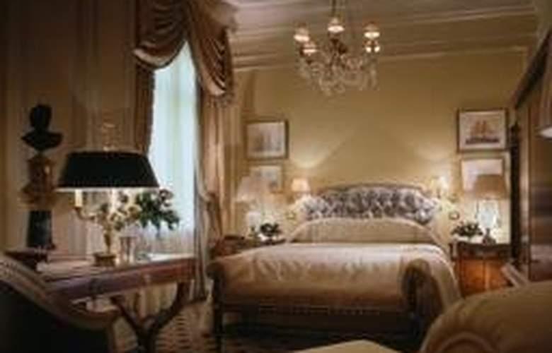 Grande Bretagne - Room - 3
