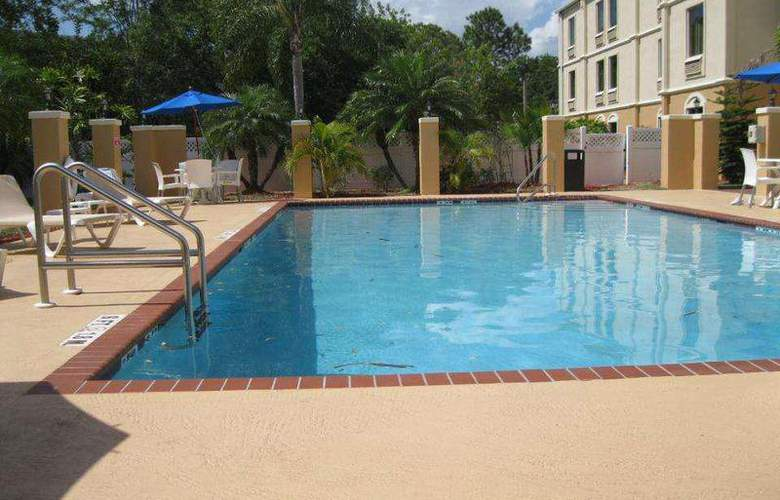 Best Western Plus Bradenton - Pool - 89