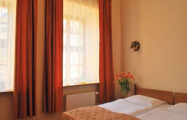 Rt Regent - Room - 3