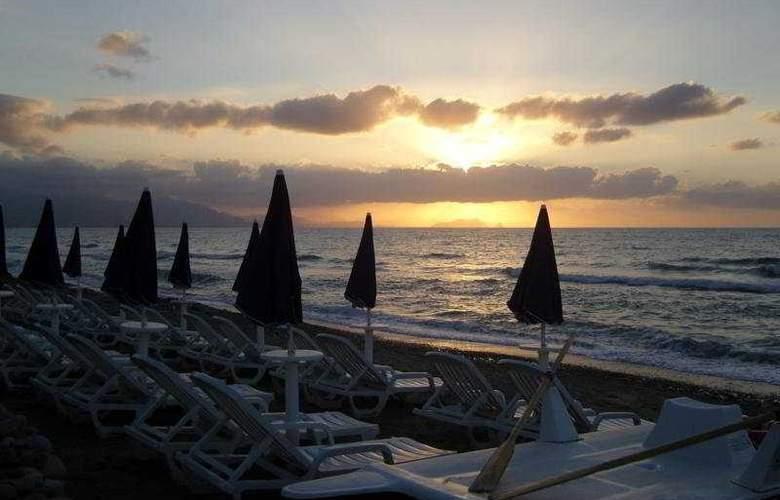Acacia Resort Parco Dei Leoni - Beach - 7