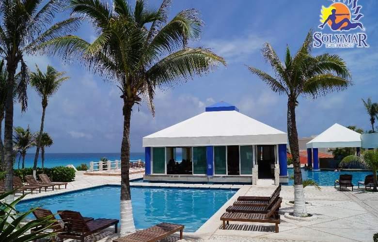 Solymar Beach Resort - Pool - 3
