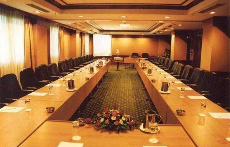 Hilton Hanoi Opera - Conference - 1