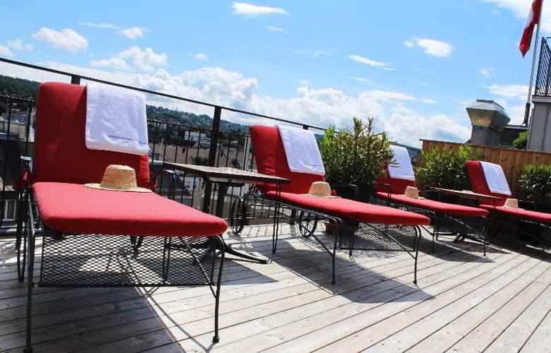 Ambassador Swiss Quality Hotel - Terrace - 15