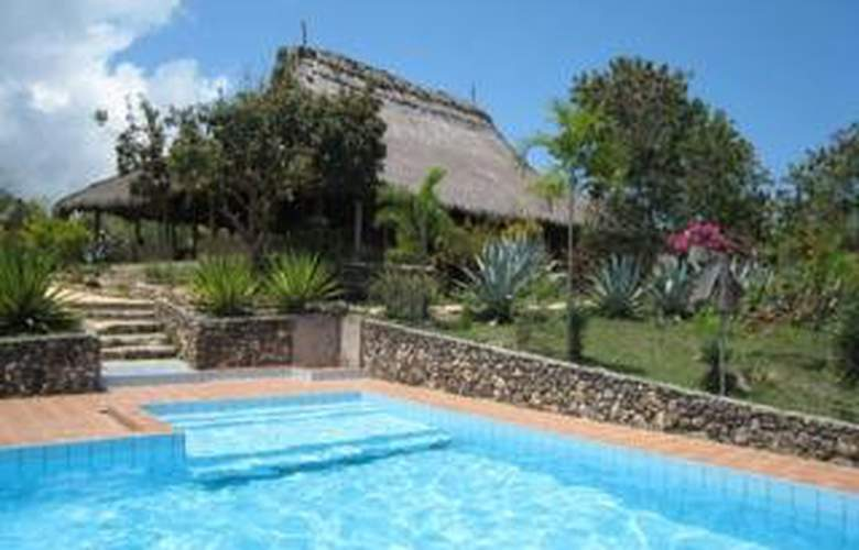 Sumba Nautil Resort - Pool - 3