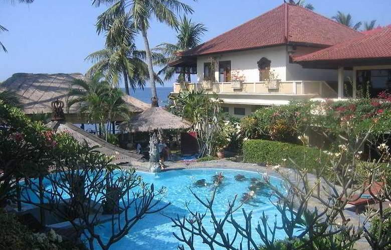Adi Rama Beach - Hotel - 0