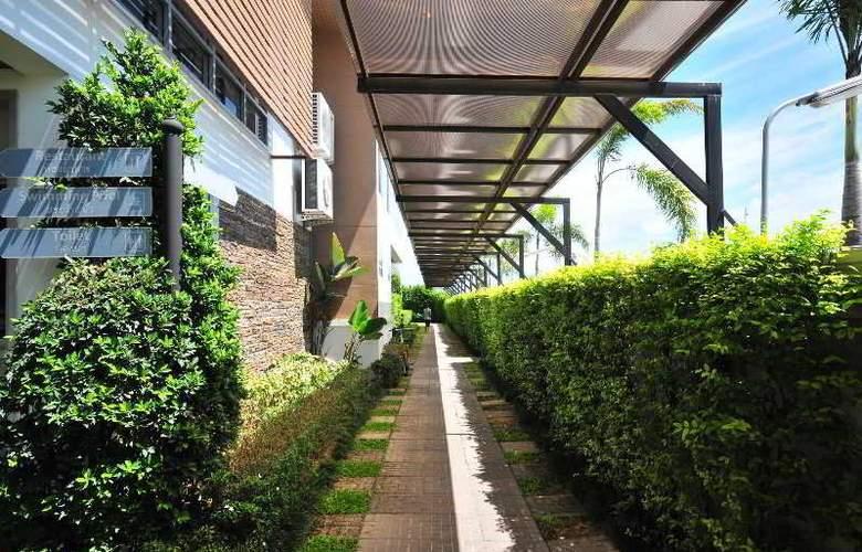BS Premier Airport Hotel - Hotel - 10