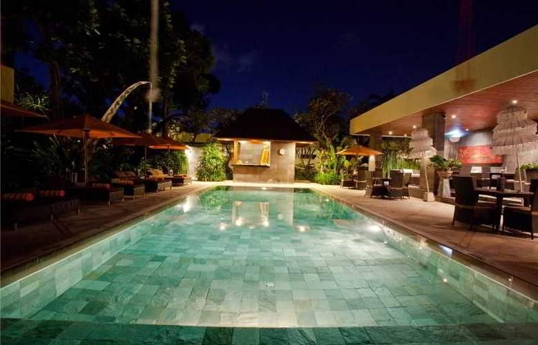 Sun Island Boutique Villas - Pool - 18
