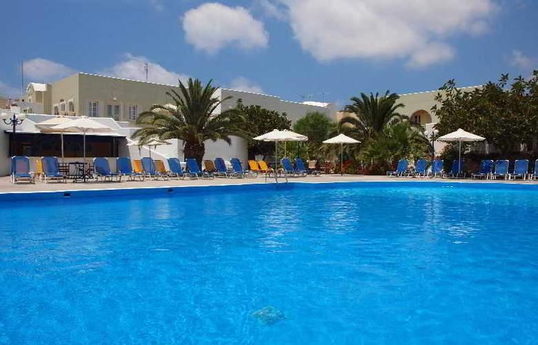 Albatros Hotel - Pool - 4