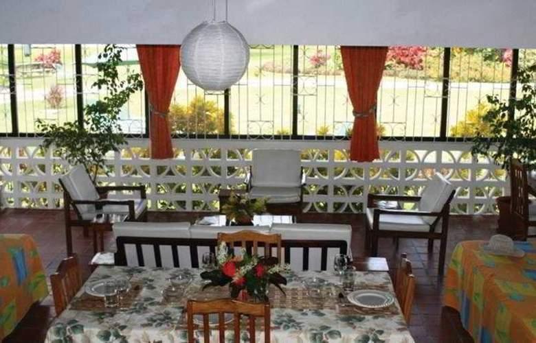 Lance Aux Epines Cottages - Restaurant - 4