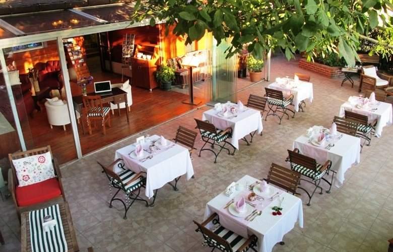 Garden House Istanbul - Terrace - 7