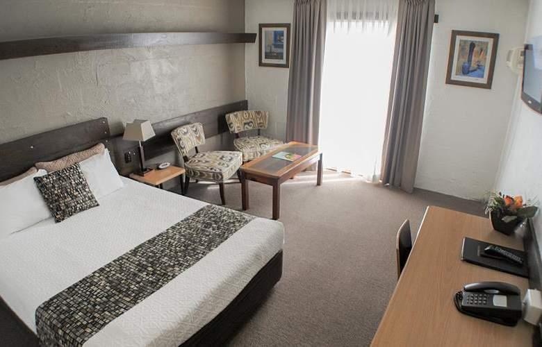 Best Western Airport Hacienda - Room - 46