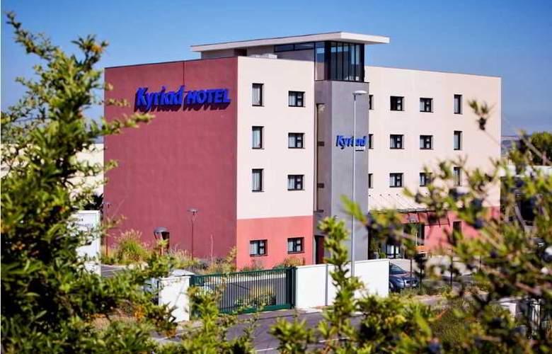 Kyriad Marseille Provence Aeroport - Hotel - 3
