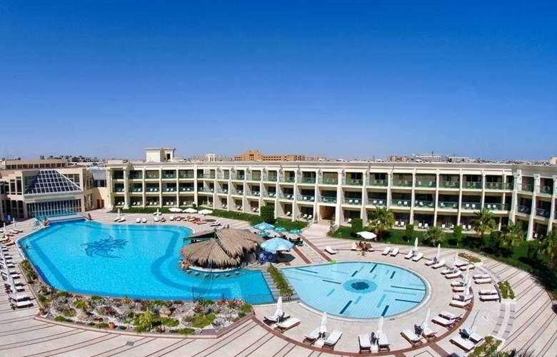 Hilton Hurghada Resort - Pool - 2