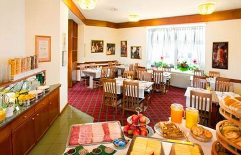 Goldenes Theater Hotel - Restaurant - 8