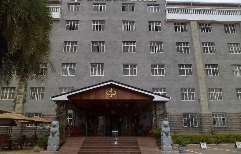 East Land - Hotel - 0