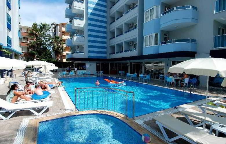 Kleopatra Ramira Hotel - Pool - 16