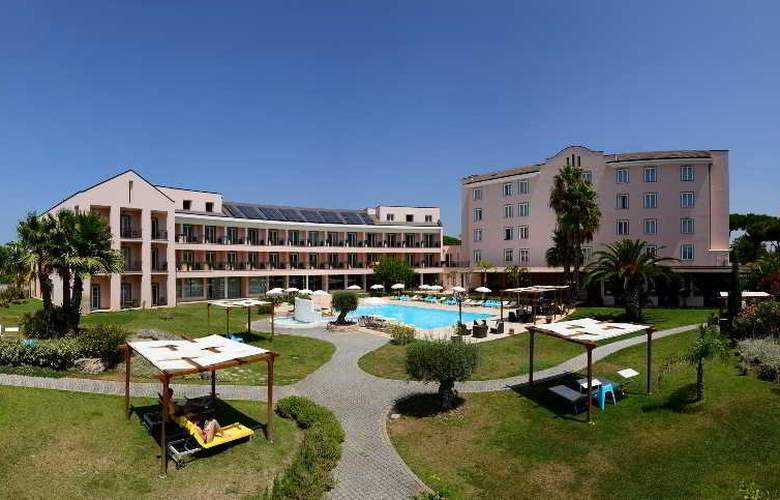Isola Sacra Rome Airport - Hotel - 9