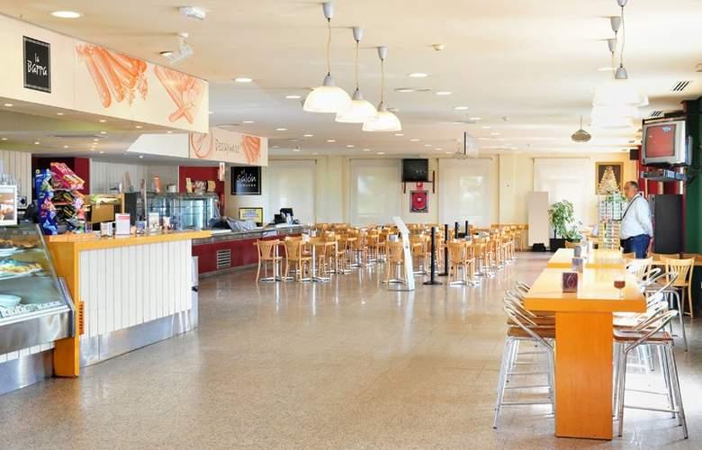As Hoteles Chucena - Restaurant - 3