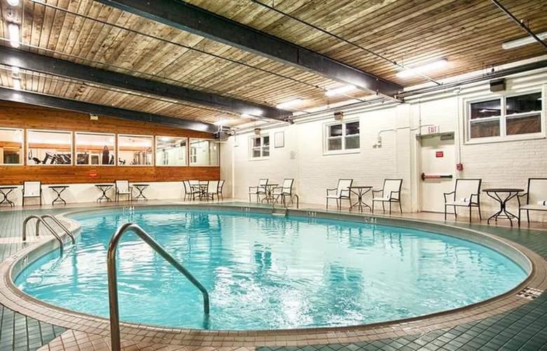 Best Western Charlottetown - Pool - 80