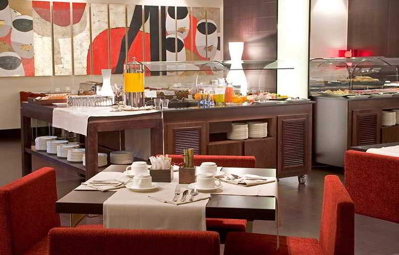 NH Sants Barcelona - Restaurant - 5