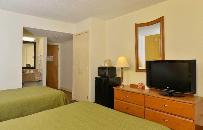 Quality Inn & Suites at Universal Studios - Room - 29