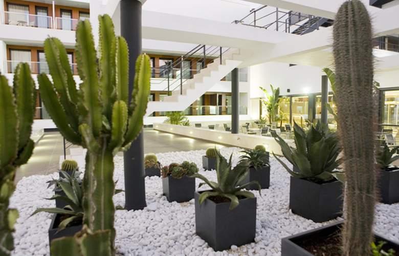Conilsol Hotel y Aptos - Hotel - 6