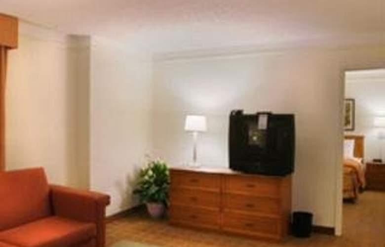 La Quinta Inn San Antonio South - Room - 3