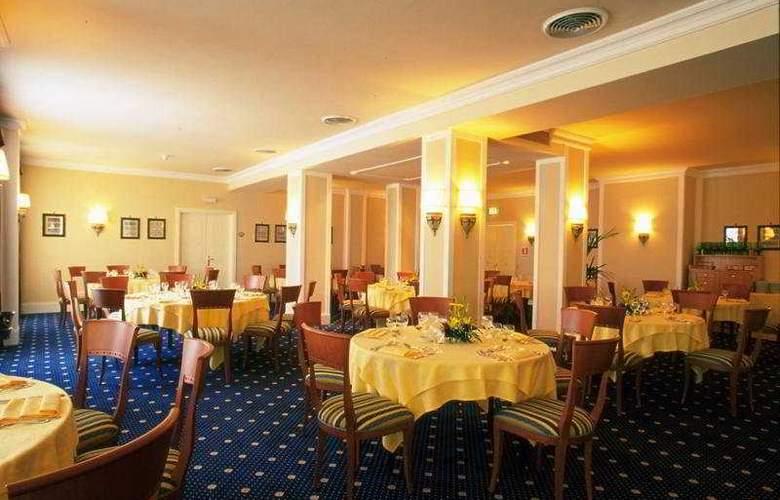 NH Villa San Mauro - Restaurant - 7