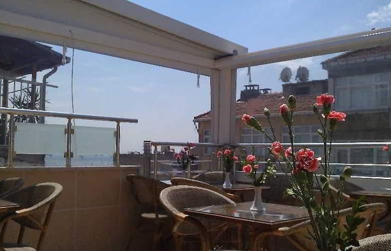 Serdivan Hotel - Terrace - 22