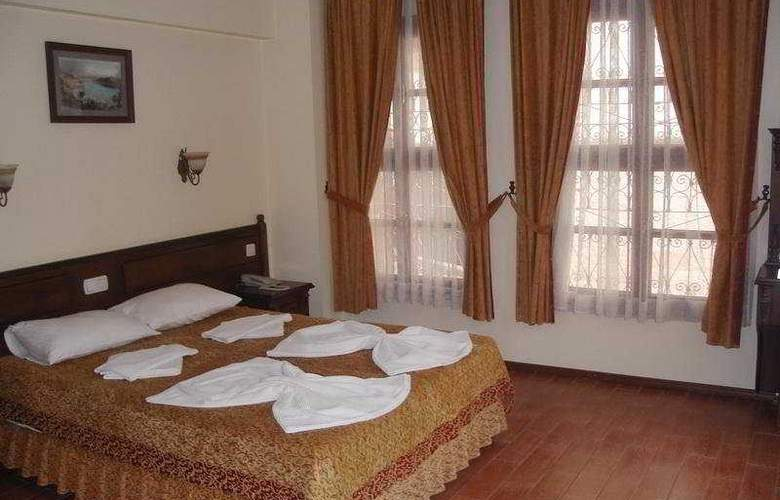 Reutlingen Hof Hotel - Room - 3