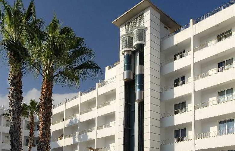 Alergria Pineda Splash - Hotel - 7