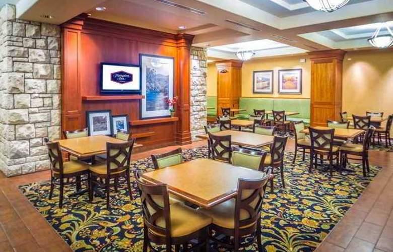Hampton Inn and Suites Boise/Spectrum - Hotel - 0