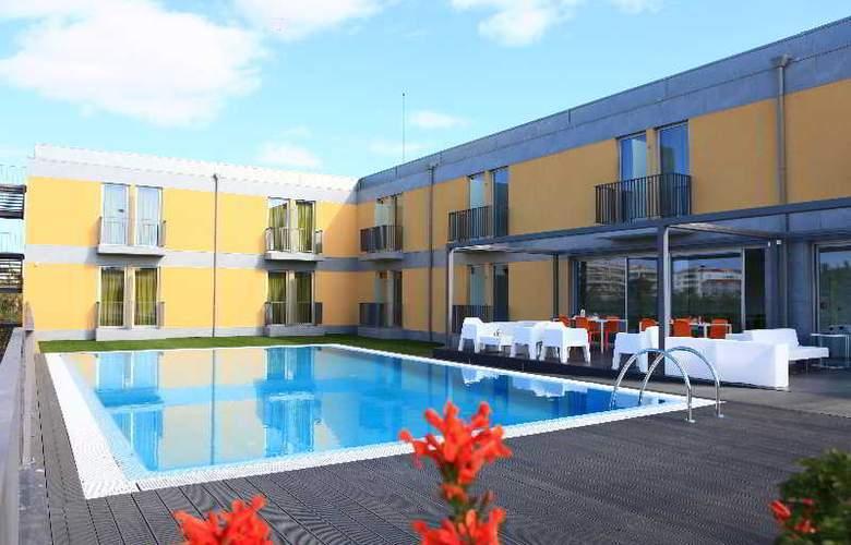 3K Faro Aeroporto - Pool - 10