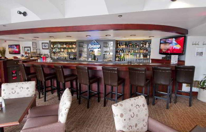 Quality Hotel Vancouver - Bar - 12
